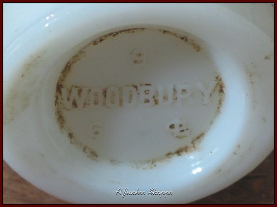 WOODBURY Cold Cream Milk Glass Jar With Lid Vintage   https://ajunkeeshoppe.blogspot.com/