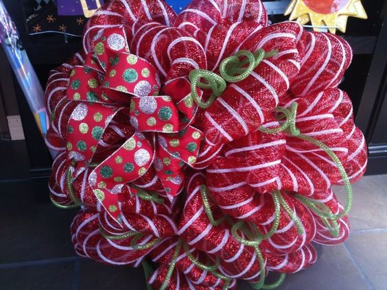 Holiday Mesh Wreath