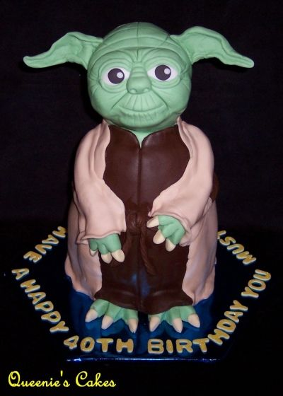 3D Yoda By MikeRowesHunny on CakeCentral.com