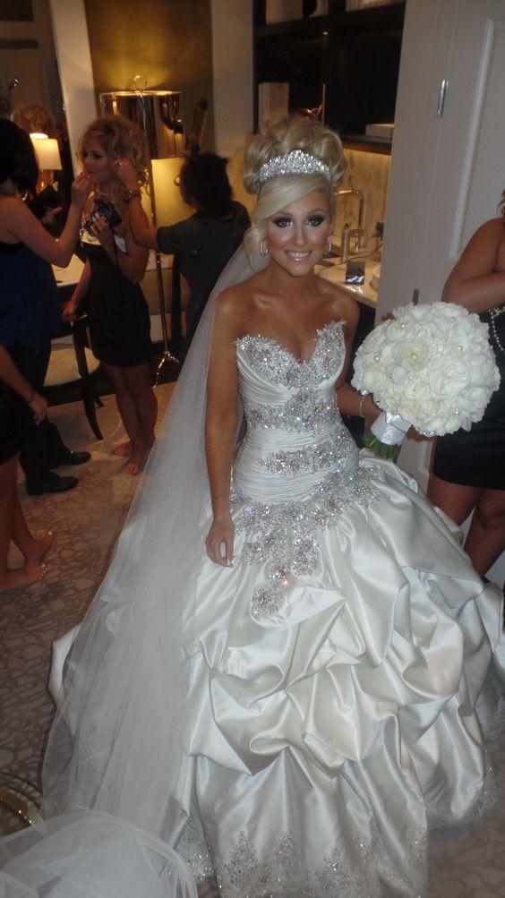Me On My Wedding Day Baracci Extravagant Wedding Dresses Antique Wedding Dresses Beautiful Dresses