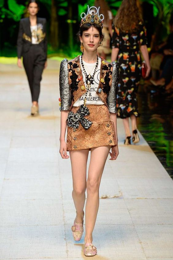 Dolce and Gabbana Spring/Summer 2017 Runway at Milan Fashion Week
