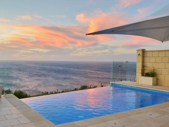 Infinity Pool With Frameless Glass Pool Fencing Pools Poolfencing Adelaide Infinity Glass