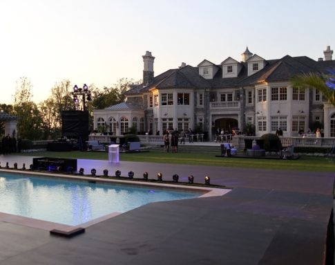 photo: house/residence of cool 110 million earning Saginaw, Michigan, U.S.-resident