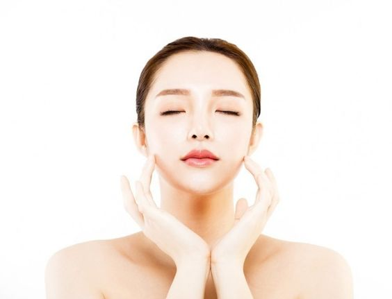 It is said that the skin of Oriental women takes 10 years more to show wrinkles than that of Western women.  But, what are their secrets?  Meet some of his most famous techniques and rituals.
