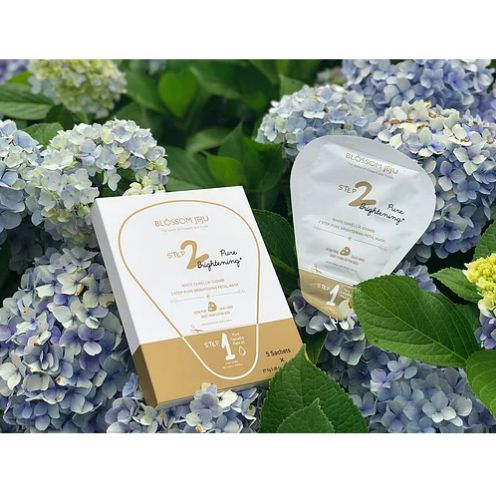 Blossom Jeju White Camellia Soombi 2 Step Pure Brightening Petal Mask Box Of 5 Sheets Is Enriched With Pearl Extracts From Pure Products White Camellia Petal