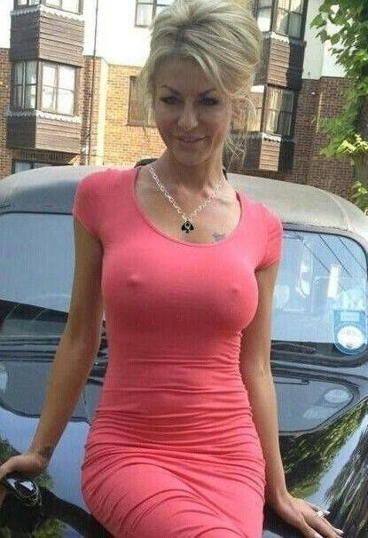 Hot And Sexy Mom 48