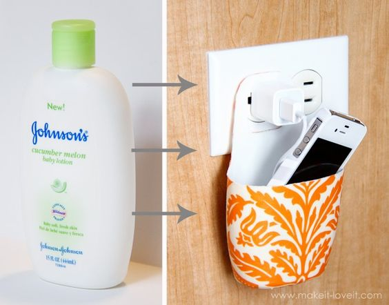 Holder for charging a phone made from a lotion bottle!: Plastic Bottle, Phone Charger, Lifehack, Life Hack, Good Idea, Diy Craft, Diy Project, Charging Station