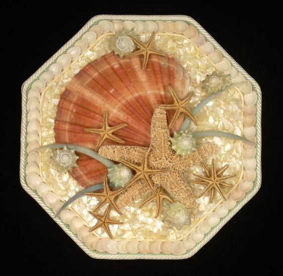 Starfish shells and art on pinterest for Seashell mosaic art