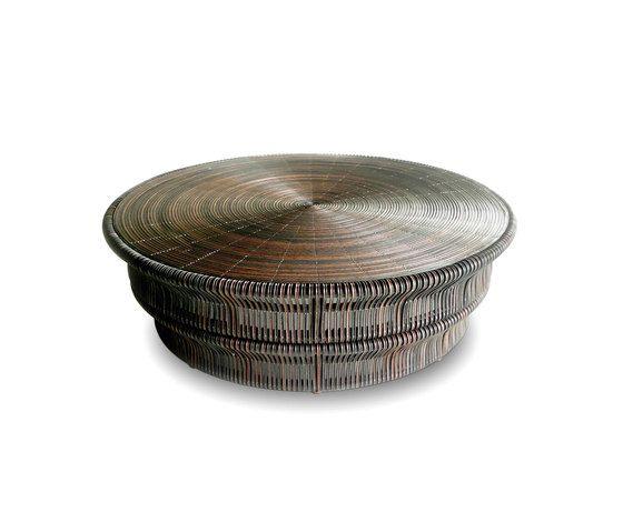 Meacha coffee table von Yothaka | Architonic