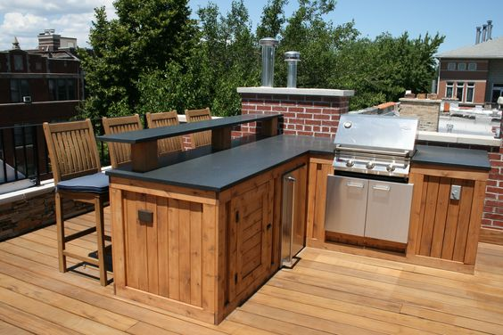Built in grill bar area granite countertop under counter for Outdoor kitchen under deck
