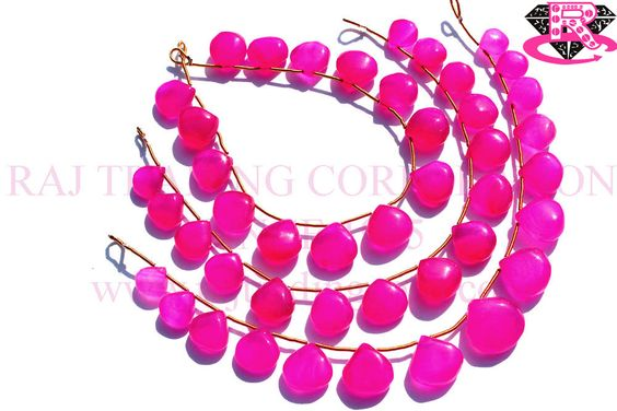 Fushcia Pink Chalcedony Smooth Heart (Quality A+) Shape: Heart Smooth Length: 18 cm Weight Approx: 16 to 18 Grms. Size Approx: 8.5 to 14 mm Price $20.80 Each Strand