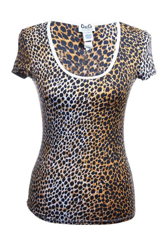 #D&G Dolce & Gabbana   #Leoparden #Shirt mit rundem Halsausschnitt, Gr. M   Dolce & Gabbana Top   mymint-shop.com   Ihr Online #Shop für Secondhand / Vintage Designerkleidung & Accessoires bis zu -90% vom Neupreis das ganze Jahr #mymint