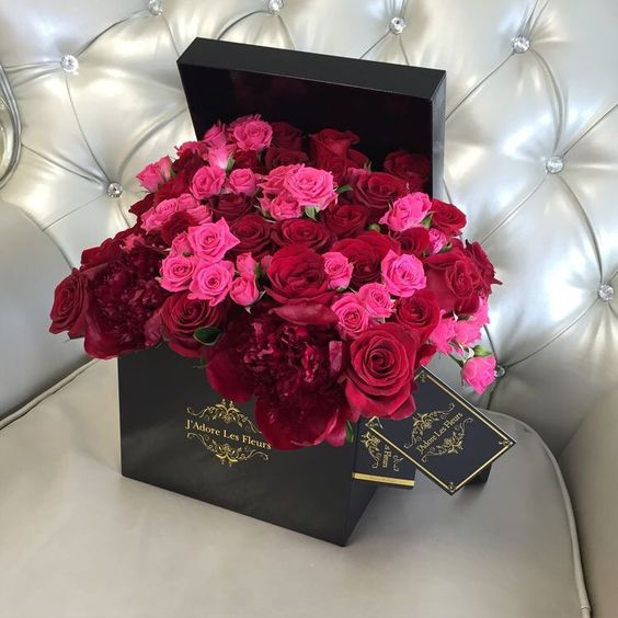 red and pink roses in black box j 39 adore les fleurs j