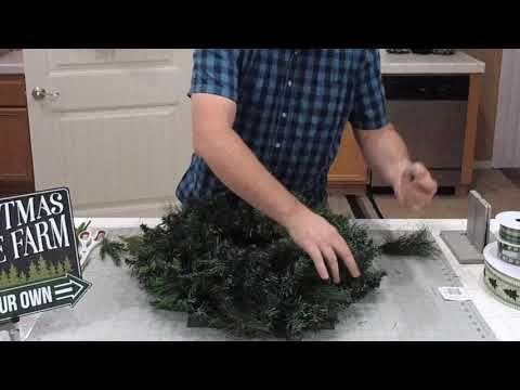 Christmas Tree Farm Wreath Tutorial In 2020 Christmas Wreaths Diy Diy Wreath Christmas Wreaths