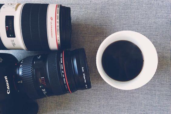 Laddar och packar gammal trotjänare och ny kompis! Jag ska ner till #torsotwisted i helgen och dricka kaffe nätverka och hänga med skönt folk! Fotografera kommer jag göra med peppen är stor! #cfswe  #crossfit #crossfiteken #mandalaya #forografannaåberg #crossfitsverige #tyngre #träna #strongwomen #lifestylephotography #vscocam #vsco_sweden #dailycortado #zoegas #funktionellträning #crossfitphotography #crossfitphotographer #crossfituppsala #crossfitgymnastics