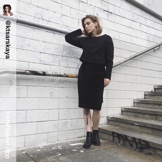 костюм из новой осенней капсульной коллекции, который уже можно посмотреть у нас в @1013room #nasrasiakirichenko #blacksute #sute #newcollection #look #russiandesigner #ss2015