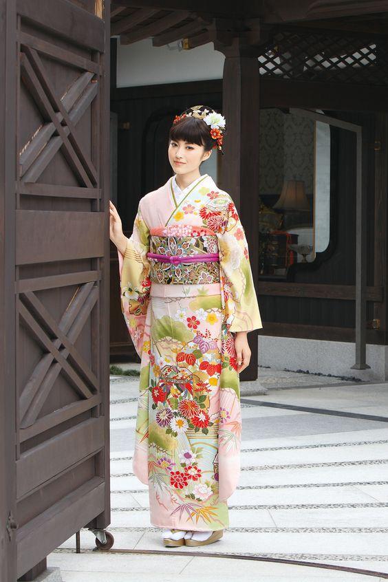 Rina Koyama(小山莉奈)Kimono Furisode(着物 振袖)