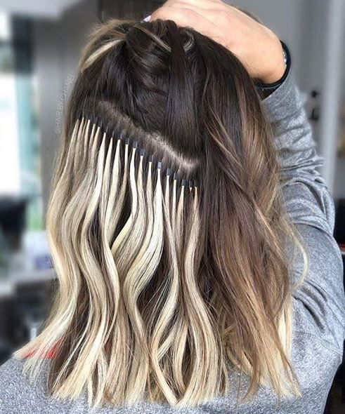 4 Ways To Use A Clip In Extension To Mix Up Your Hair Clip In Hair Extensions Hair Extensions Tutorial Barefoot Blonde Hair