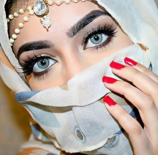 Most Prettiest Grey Eyes In 2021 Beautiful Eyes Profile Picture For Girls Hijabi Girl