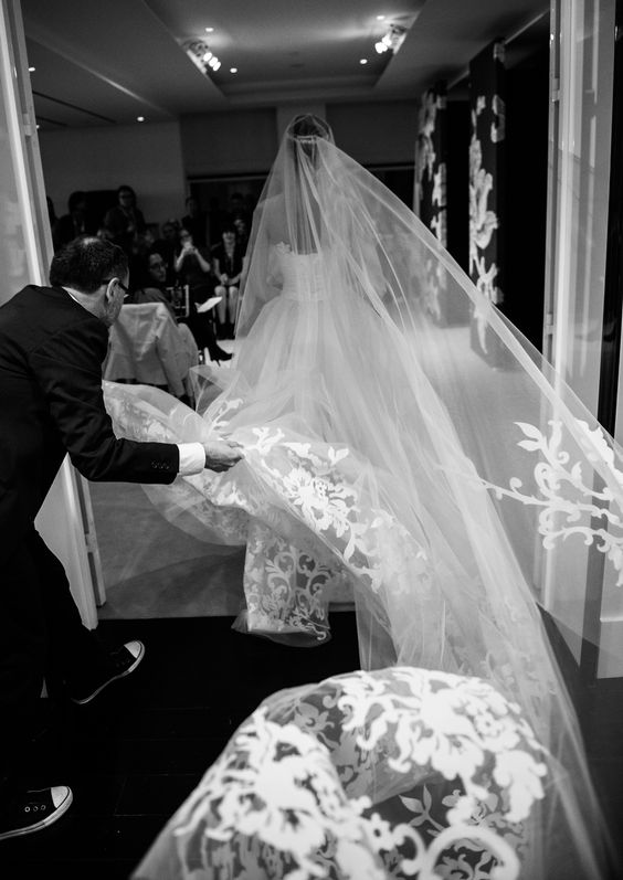 #CarolinaHerrera #Spring2015 bridal taking a trip down the aisle