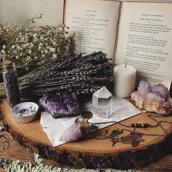 Beautiful spread from @_theopaque_ ! What's your altar like? • • • #pagan #pagans #paganism #witchesofinstagram #witch #witchcraft…