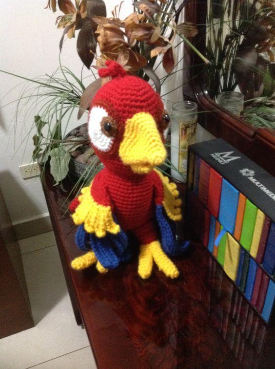 Perico crochet de lidio strüning Junio 2013