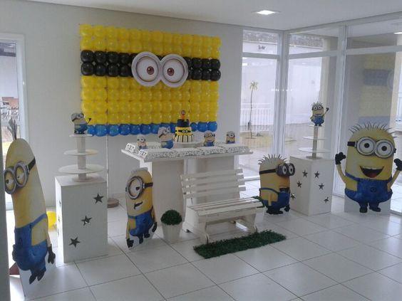 d co ballons pour anniversaire th me minions anniversaire minions pinterest minions. Black Bedroom Furniture Sets. Home Design Ideas