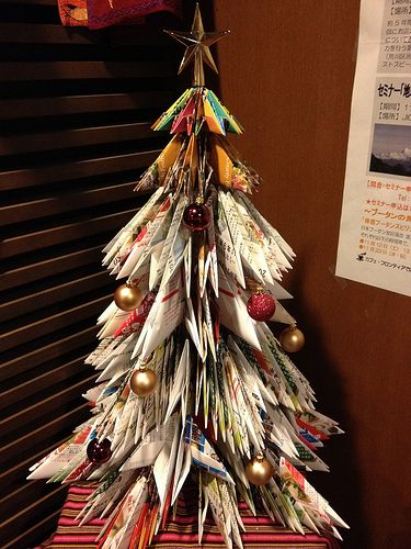 Christmas tree ideas using recycled materials google for Recycled materials ideas