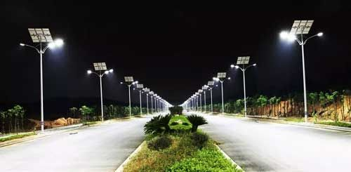 Solar Powered Products Are The Future Of Today Solar Street Lights Are Now Replacing Widely Used Traditional Solar Street Light Street Light Led Street Lights