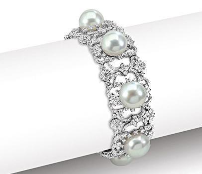 Diamonds And Pearls Wedding Theme | Mark Lash South sea pearl and diamond bracelet