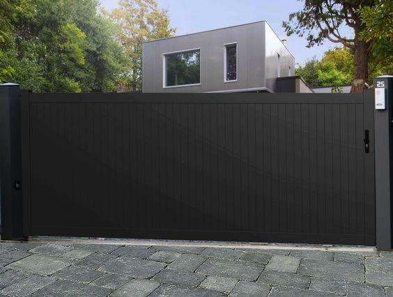 Portail aluminium plein mod le panama menuiserie for Portail coulissante exterieur
