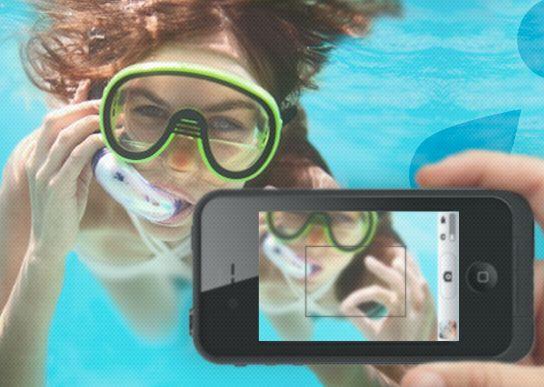 Underwater photos + klutz proof = good idea