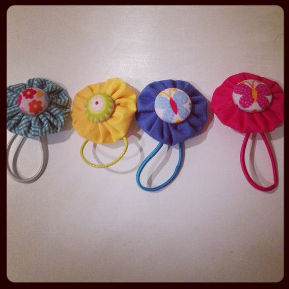 Flower hair hair ties and flower on pinterest for Yo yo patterns crafts