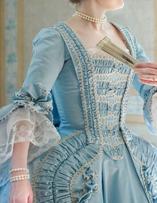 robe                  a la francaise - #francaise #la #Robe