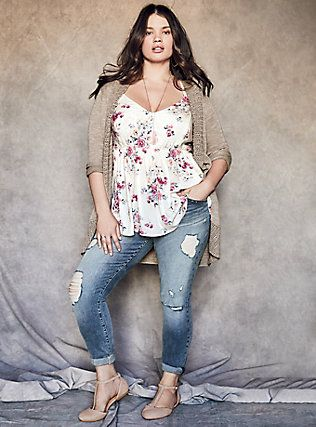 d2e831be1b36b Plus Size LOOK 18