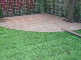 Afbeeldingsresultaat voor vlonder hout tuin