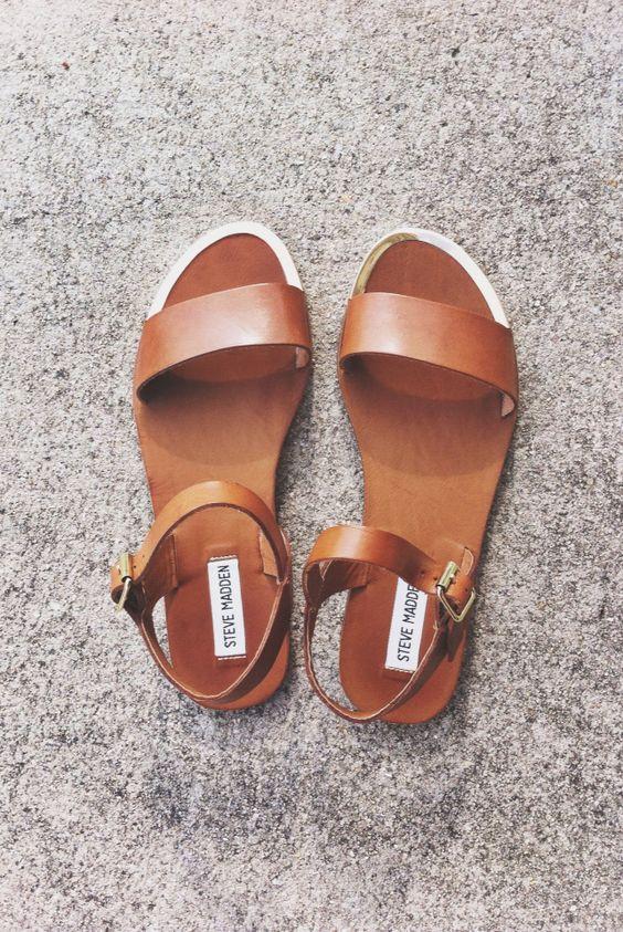 leather strap sandal #stevemadden // my new shoes :):