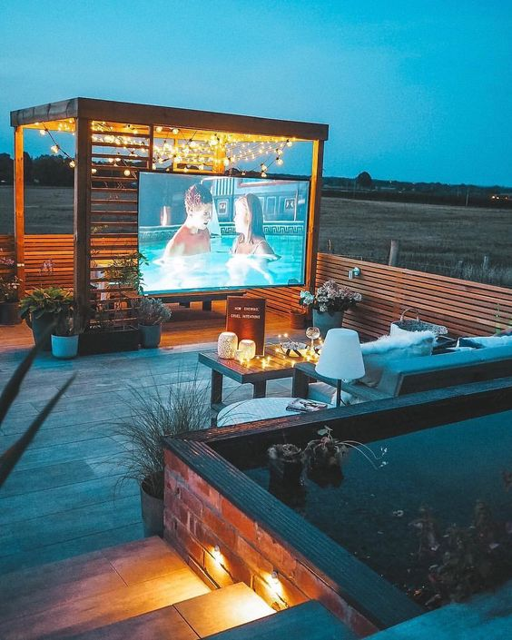 Perfect outdoor movie night - todaywedate