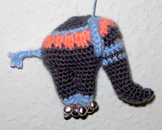 Elefant , gehäkelt