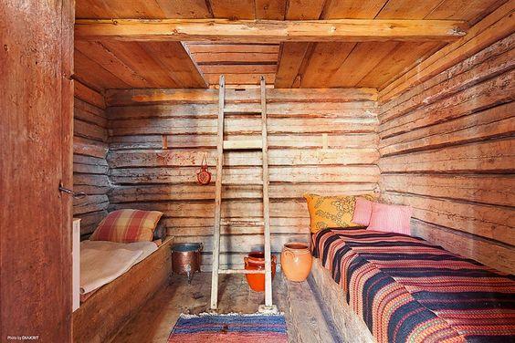 Swedish Cabin bedroom. My Scandinavian Home Blog.