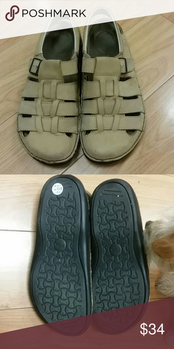 Footprints sandals Great shoes, great condition!  Shoe says size 40 but also size 9... Footprints  Shoes Sandals