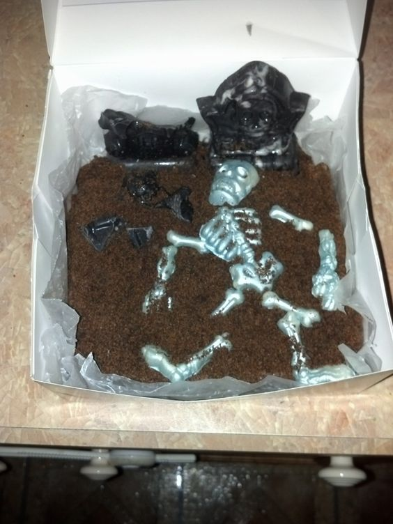 Graveyard Brownie $10 | I'm Selling: Goodies for a Basket | Pinterest ...