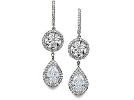 What will The Diamond Center spark in you? #sparklove #sparkjoy #sparkcelebration #sparkromance ~ Claremont, CA (909)399-9133 www.lantzdiamondcenter.com