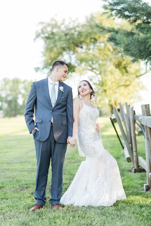 Nickajack Farms Summer Wedding With Images Ohio Wedding Photographer Ohio Wedding Ohio Wedding Venues