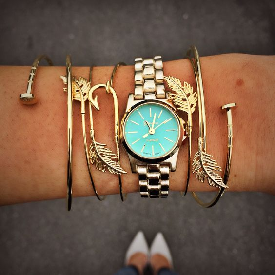 """Channel your inner greek goddess✨ NEW """"watch"""" ($22.99) and """"bracelets"""" ($9.99) available in store at #statements or call 844.232.7364 ext 5 to order! #shop #armparty #sophieandtrey #watch #ootd"""