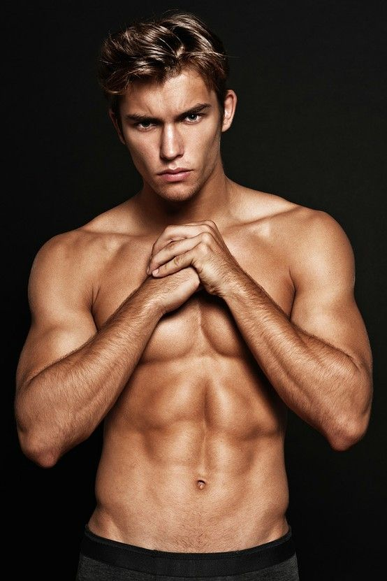 Gorgeous Brazilian model Lucas Garcez has some of the finest abs and arms I've seen. So sexy! #shirtless