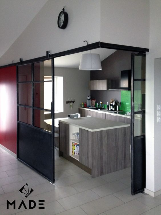 Verriere d 39 angle coulissante doors windows pinterest for Verriere cuisine coulissante