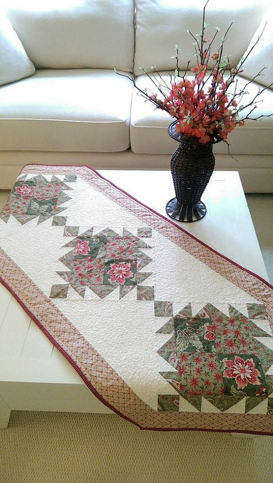 Rottami di estate tabella Runner Quilt Pattern PDF attaccatura di parete Natale elegante casolare di campagna