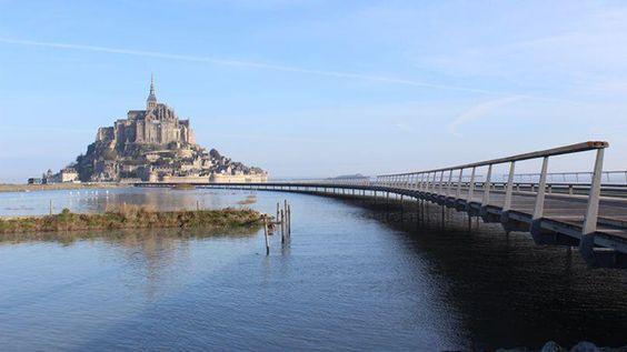 Une marée de 14m de haut en décembre au @Mt_Saint_Michel >> http://bit.ly/1I0mRUL