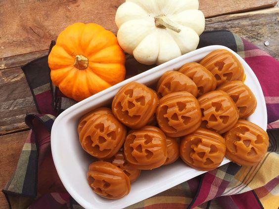 Pumpkin Pie Gummies (Paleo, GF, AIP)